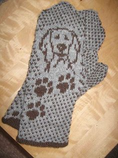 Bilderesultat for moomin knitting pattern Knitted Mittens Pattern, Fair Isle Knitting Patterns, Fingerless Gloves Knitted, Crochet Mittens, Knit Or Crochet, Knitting Stitches, Wrist Warmers, Hand Warmers, Yarn Projects