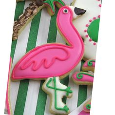 @Heather Creswell Poe @ Heidi Poe These would be so cute for the girls birthday party, if they do a pool party again