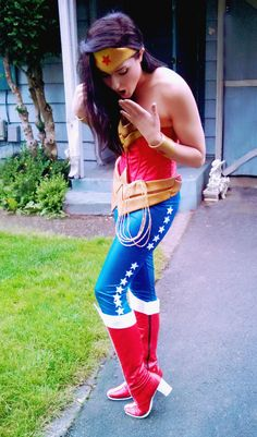 Character: Wonder Woman (Princess Diana of Themyscira) / From: Warner Bros. Interactive Entertainment's 'Injustice: Gods Among Us' Video Game / Cosplayer: Katie Huff