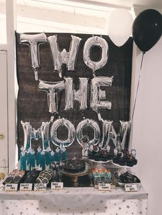 SHOP SMALL TTWO THE MOON This Two the Moon Party is a tiny astronauts dream. When I saw this party thrown for one of the cutest little girls alive I about died! Have you ever seen a cuter space themed party! 2nd Birthday Party Themes, Second Birthday Ideas, Boy Birthday Parties, Birthday Decorations, 2 Year Old Birthday Party Girl, Balloon Birthday, Boys 2nd Birthday Party Ideas, Birthday Blast, Daughter Birthday