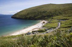 The 10 best beaches in Ireland. The best beaches in Cork, Dublin, Sligo, Kerry and more. The top 10 beaches in Ireland to swim and surf. Best Beaches In Ireland, Ireland Beach, Best Beaches To Visit, Ireland Travel, Beautiful Islands, Beautiful Beaches, Ireland Holiday, Wild Atlantic Way, Hidden Beach