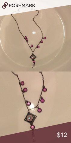 Relativity Necklace Pink flowered necklace NEW WITHOUT TAGS Relativity Jewelry Necklaces