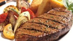 Are you searching for Best steak recipes?Here are the list for Top 5 Best steak recipes that you can pur Sirlion Steak, Rinder Steak, Steaks, Grilled Peppers, Fat Burning Foods, Steak Recipes, Roast Recipes, Food And Drink, Yummy Food