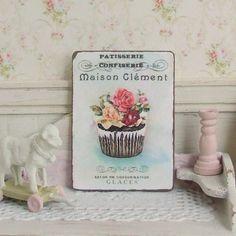 Poppenhuis miniatuur Franse Cupcake teken door sarahslilessentials