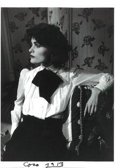 Edita Vilkeviciute, as Gabrielle Coco Chanel in 1913 - Karl Lagerfeld Silent Tribute to Coco Chanel Divas, Foto Fashion, Fashion History, Fashion Top, Womens Fashion, Vintage Beauty, Vintage Fashion, Estilo Coco Chanel, Coco Chanel Style