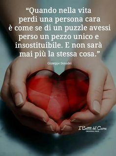 There are so many ways to lose someone .: & # (- Ci sono tanti modi di perdere qualcuno… :& There are so many ways to lose someone …: & # ( - Daily Quotes, Life Quotes, Missing Loved Ones, Italian Quotes, First Love, My Love, Losing Someone, Sweet Words, Positive Thoughts