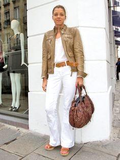 パリジェンヌのシックなコンサバティブ・ファッション