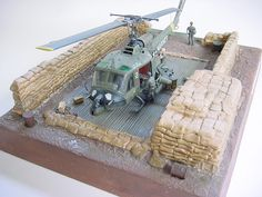 1/48 Huey UH-1C Marines en Vietnam,