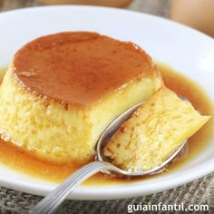 Cuban flan also called flan de leche or flan Cubano is an easy flan recipe that uses condensed milk and evaporated milk It is different from Mexican flan because it does not use cream cheese Dessert Drinks, Dessert Recipes, Desserts, Flan Dessert, Custard Recipes, Soup Recipes, Mexican Flan, Bien Tasty, Puddings