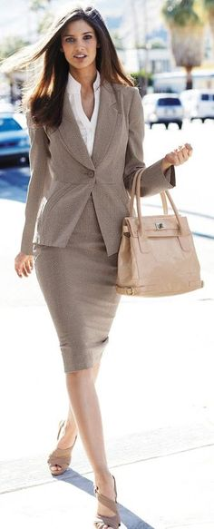 Best of street style business chic, business fashion, office fashion, business attire, Business Fashion, Business Chic, Business Outfit, Business Women, Business Formal, Business Wear, Business Clothes, Business Suits, Business Meeting