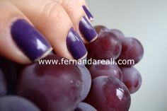 Fruits. Grapes. nail Polish. Frutas