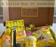 A Box of Sunshine to Brighten Your Day! Perfect for someone in the hospital or anyone having a bad day. Craft Gifts, Diy Gifts, Cute Gifts, Best Gifts, Box Of Sunshine, Hospital Gifts, Get Well Gifts, Having A Bad Day, Little Boxes