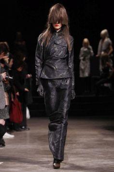 AF Vandevorst Ready To Wear Fall Winter 2013 Paris