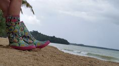 Boots considering going for long walk on Khaolak beach