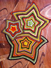 Ravelry: light star-shaped blanket pattern by Sany (Sanita Brensone)
