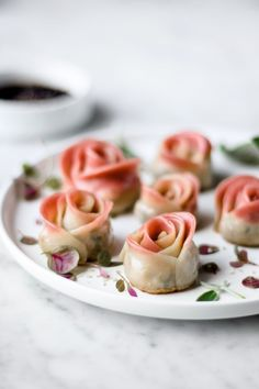 Pan-fried rose shaped dumplings (mushroom tofu filling with red beet wrappers) Let me know in the comment if you would like to see step-… Plant Based Recipes, My Recipes, Vegan Recipes, Dessert Recipes, Dinner Recipes, Chocolate Ganache Tart, Dumpling Wrappers, Homemade Dumplings, Red Beets