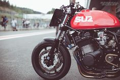 Suzuki Race Bike Cafe Racer #motorcycles #caferacer #motos | caferacerpasion.com