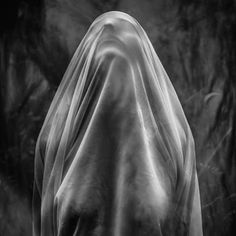 Mutatio spiritus series - 2015 #portrait #phography #blackandwhite #girl #woman #veil #esoteric #macabre #life #Death #woods #forest #surreal #conceptual #simonefuria #anomaliaphoto #dark