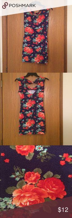 Forever 21 mini bodicon dress Cute floral mini dress from forever 21! Size small. Forever 21 Dresses Mini