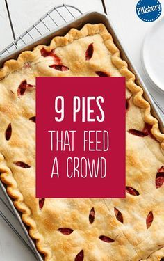 Looking for a dessert that will feed a crowd? Look no further than these easy slab pie recipes! These pies are sure to impress and are super delicious. We have all your favorite flavors - blueberry, a (Dessert Recipes For A Crowd) Desserts For A Crowd, Cooking For A Crowd, Köstliche Desserts, Food For A Crowd, Delicious Desserts, Dessert Recipes, Recipes For A Crowd, Healthy Desserts, Meals For A Crowd