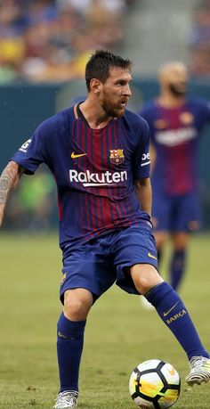 One of the greatest sports on the planet is soccer, also referred to as football in numerous nations around the world. God Of Football, Best Football Players, Football Memes, Soccer Players, Soccer World, Play Soccer, Fc Barcelona, Neymar, Cristiano Ronaldo