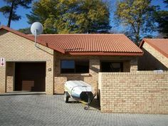 24 Properties and Homes For Sale in Three Rivers Proper, Vereeniging, Gauteng Modern Townhouse, Maps Street View, Three Rivers, Water Lighting, Sun Lounger, Property For Sale, Homes