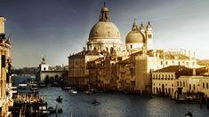 Venice, Italy. ❤️ ❤️ ❤️