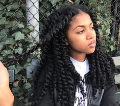 -The Changing Business of Black Hair Hair is an important aspect of Black female culture, so it's unsurprising that we potentially spend that much money. Pelo Natural, Long Natural Hair, Blowout On Natural Hair, Natural Hair Twist Out, Natural Beauty, Curly Hair Styles, Natural Hair Styles, 4c Hair, Natural Hair Inspiration