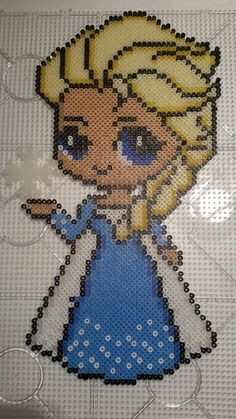 Elsa from frozen frost perler beads hama Hama Beads Design, Diy Perler Beads, Perler Bead Art, Pearler Beads, Fuse Beads, Melty Bead Patterns, Pearler Bead Patterns, Perler Patterns, Beading Patterns