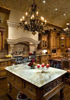 15 Exquisite Mediterranean Kitchen Interior Designs For Elegant Cooking Elegant Kitchens, Luxury Kitchens, Beautiful Kitchens, Cool Kitchens, Tuscan Kitchens, Luxury Kitchen Design, Best Kitchen Designs, Interior Design Kitchen, Tuscan Kitchen Design