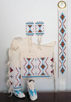 Plains Indian Travois Making | Women's Beadwork Set