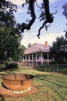 Oakland Plantation, Louisiana with Iron Pot