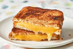 Food Ethics: Thomas Keller's Secret to the Best Grilled Cheese Starts with Brown Butter and Ends in the Oven Thomas Keller, Best Grilled Cheese, Best Cheese, Grilled Cheeses, Pizza Sandwich, Soup And Sandwich, Cheese Recipes, Cooking Recipes, Cooking Tips