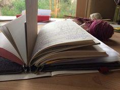 Roterfaden Taschenbegleiter Roterfaden, Bullet Journel, Leather Journal, Journal Inspiration, Fountain Pen, Ottoman, Notebooks, Tools, Writing