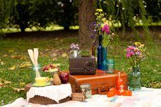Love this picnic themed photo shoot