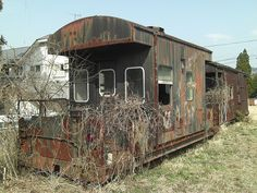 Abandoned train, Miyaji, Japan (2) by jsteph, via Flickr