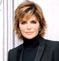 Lisa Rinna Changes Her Hairstyle Lisa Renna Hairstyles e5aecd686918