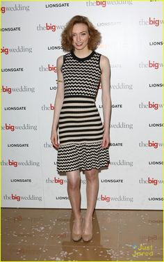 Eleanor Tomlinson Photos - Eleanor Tomlinson attends Special screening of 'The Big Wedding'>> at May Fair Hotel on May 2013 in London, England. - 'The Big Wedding' Special Screening in London Eleanor Tomlinson, Broad Shoulders, White Queen, English Actresses, Old Actress, Large Prints, Photo Galleries, Kate Spade, How To Wear
