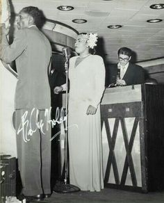 Buy online, view images and see past prices for Billie Holiday Signed Photograph (circa early Rare. Black and white gela. Billie Holiday, Jazz Artists, Jazz Musicians, Lady Sings The Blues, You Rock My World, Greys Anatomy Memes, Holiday Signs, Smooth Jazz, Miles Davis