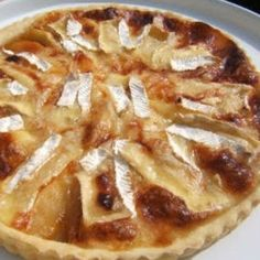 tarte au camembert et aux lardons