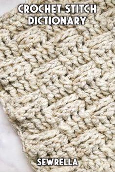 These Crochet Stitches Are Easier Than You Might Think With - diese häkelstiche sind einfacher, als sie vielleicht denken - ces points de crochet sont plus faciles que vous ne le pensez Crochet Stitches Patterns, Crochet Patterns For Beginners, Stitch Patterns, Knitting Patterns, Knitting Projects, Free Knitting, Vogue Knitting, Knitting Tutorials, Knit Stitches