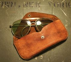 Vintage Aviators with gorgeous patina. NOW AND THEN ⓀⒾⓃⒼⓈⓉⓊⒹⒾⓄⓌⓄⓇⓀⓈ▻