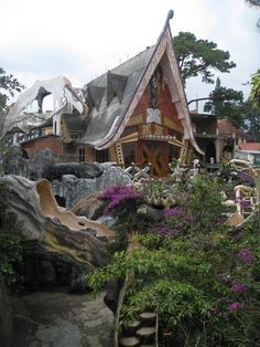 "Crazy Tree House | Crazy House"" – The Hang Nga Guest House 