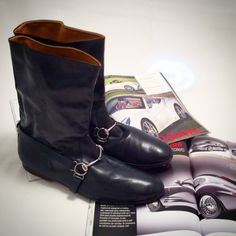 leather boots GUCCI, size 44