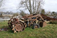 old farm tractors implements pinterest | Old tractor with loader in Oregon.