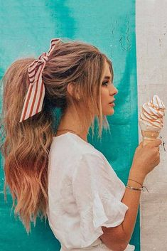 Discover trendy easy summer hairstyles 2018 here. We have pretty ideas for long, short, and for medium hair. summer hair styles 42 Easy Summer Hairstyles To Do Yourself Cute Hairstyles For Teens, Easy Summer Hairstyles, Teen Hairstyles, Hairstyles 2018, Easy Hairstyles For Medium Hair For School, Easy Ponytail Hairstyles, Teenager Hairstyles, Stylish Hairstyles, Medium Long Hairstyles