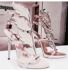 My Beautiful Shoes By Dary Hipster Grunge, Zapatos Shoes, Shoes Heels, Pumps, Fashion Fantasy, Baskets, Giuseppe Zanotti Shoes, Zanotti Heels, Sexy High Heels