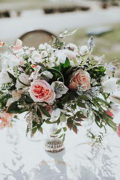 Dramatic wedding florals