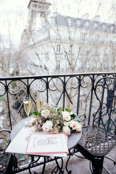I'm definitely feeling a Paris vibe right now...take me there!