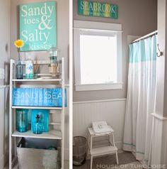 sandy toes & salty kisses is wel een leuke spreuk House of Turquoise: Fish Tales - Seabrook, Washington Western Bathroom Decor, Seaside Bathroom, Coastal Bathrooms, Beach Bathrooms, Laundry In Bathroom, Bathroom Sets, Farmhouse Bathrooms, Laundry Rooms, Washington Houses